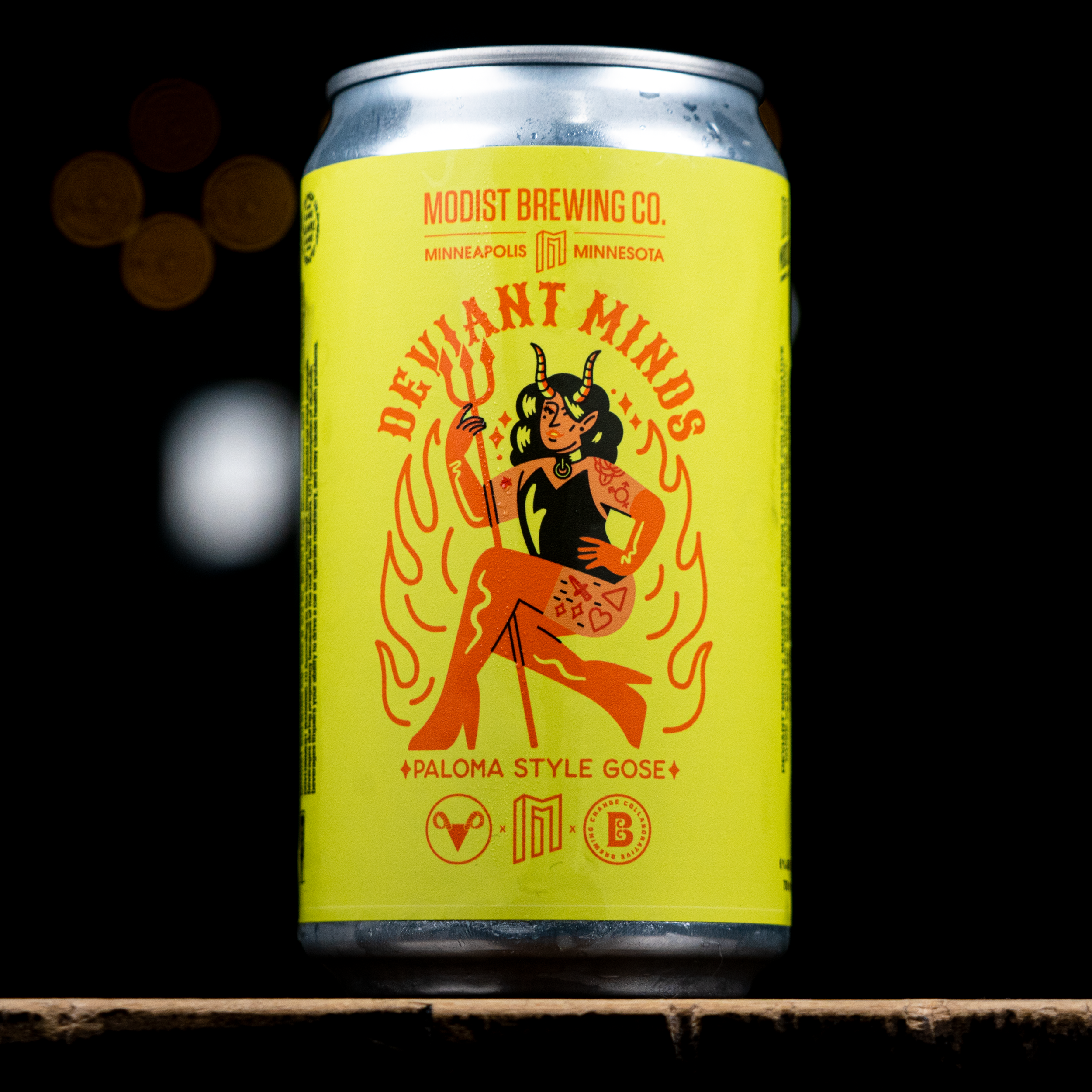 A Crowler of Deviant Mind's first beer collaboration, Paloma Style Gose • Photo via Deviant Minds, art by Ry Makes
